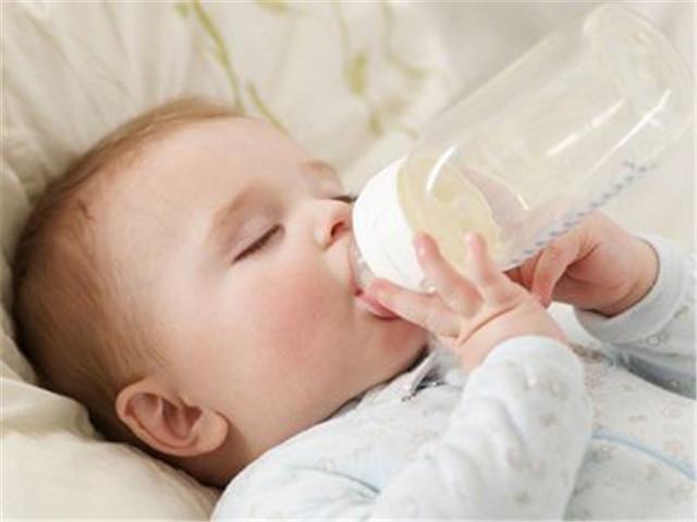 华迈净水器保障宝宝健康饮水